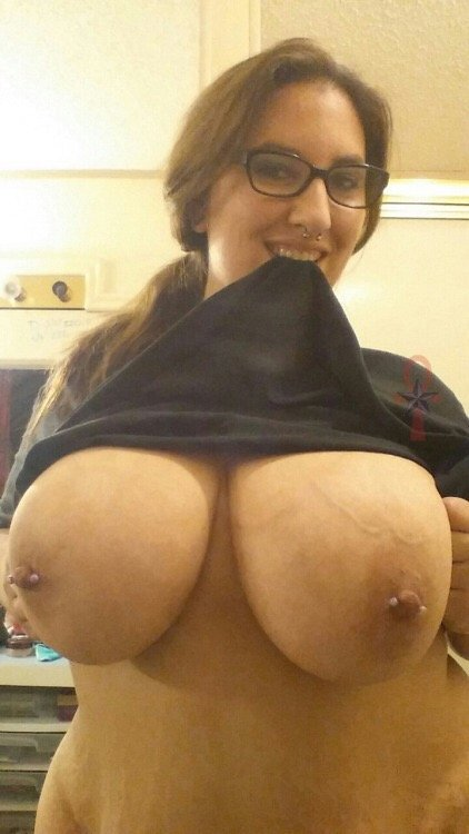 thick mature solo