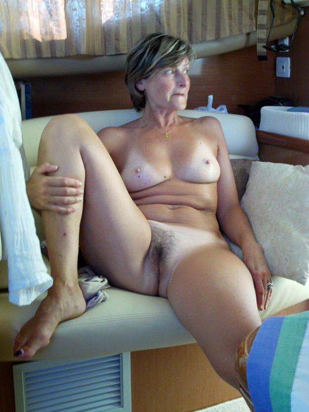 Wife show her pussy used after date busty granny milf