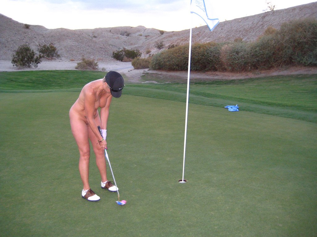 Play golf naked