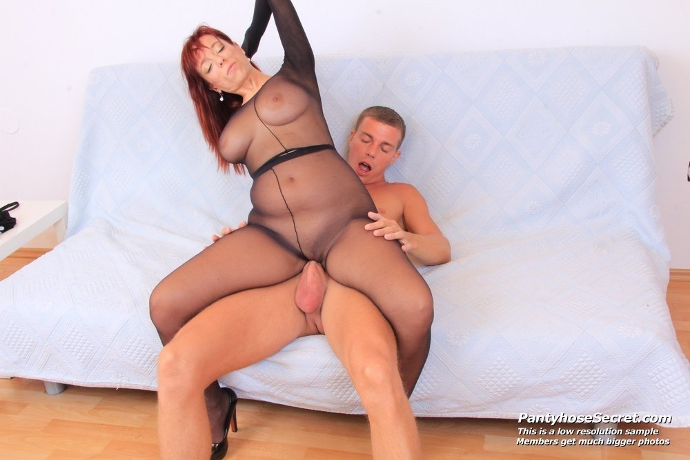 milf anal young