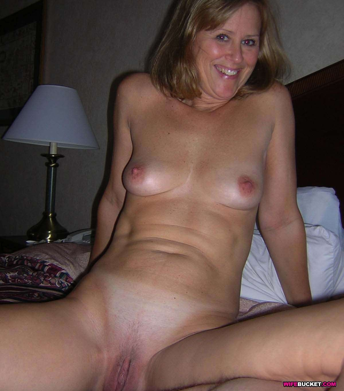 Wife shareing party