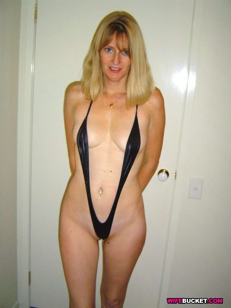 hot curvy mature