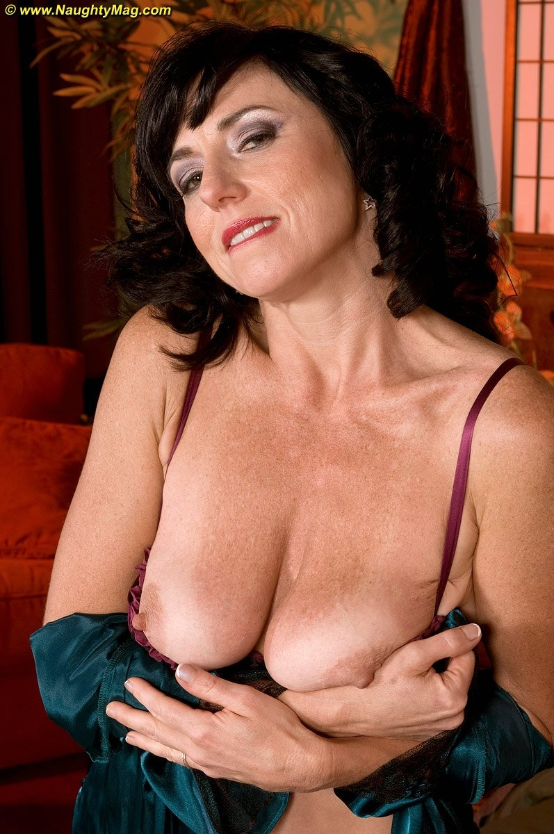 xhamster casting mature there