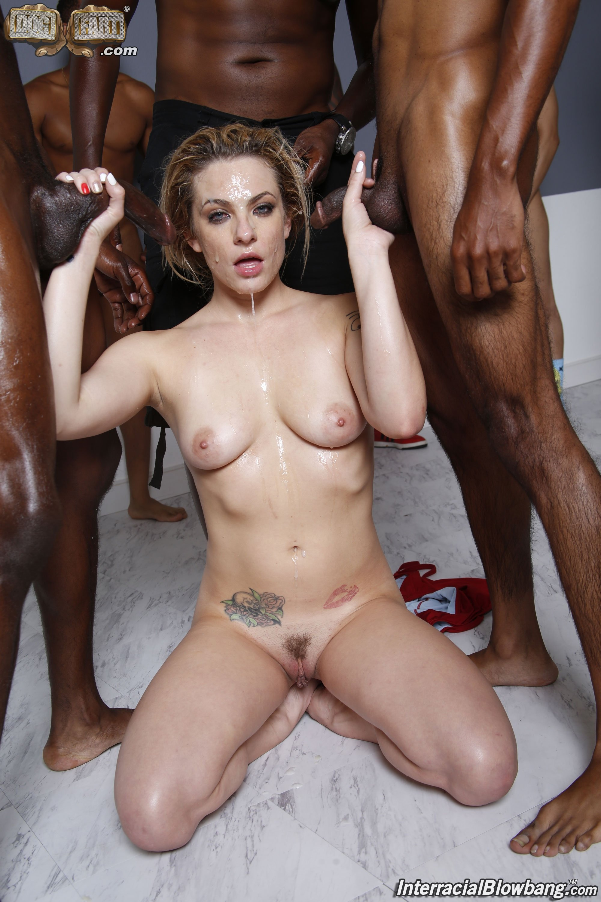 Goltizilkree    reccomended Hawt playgirl is in love with lechery