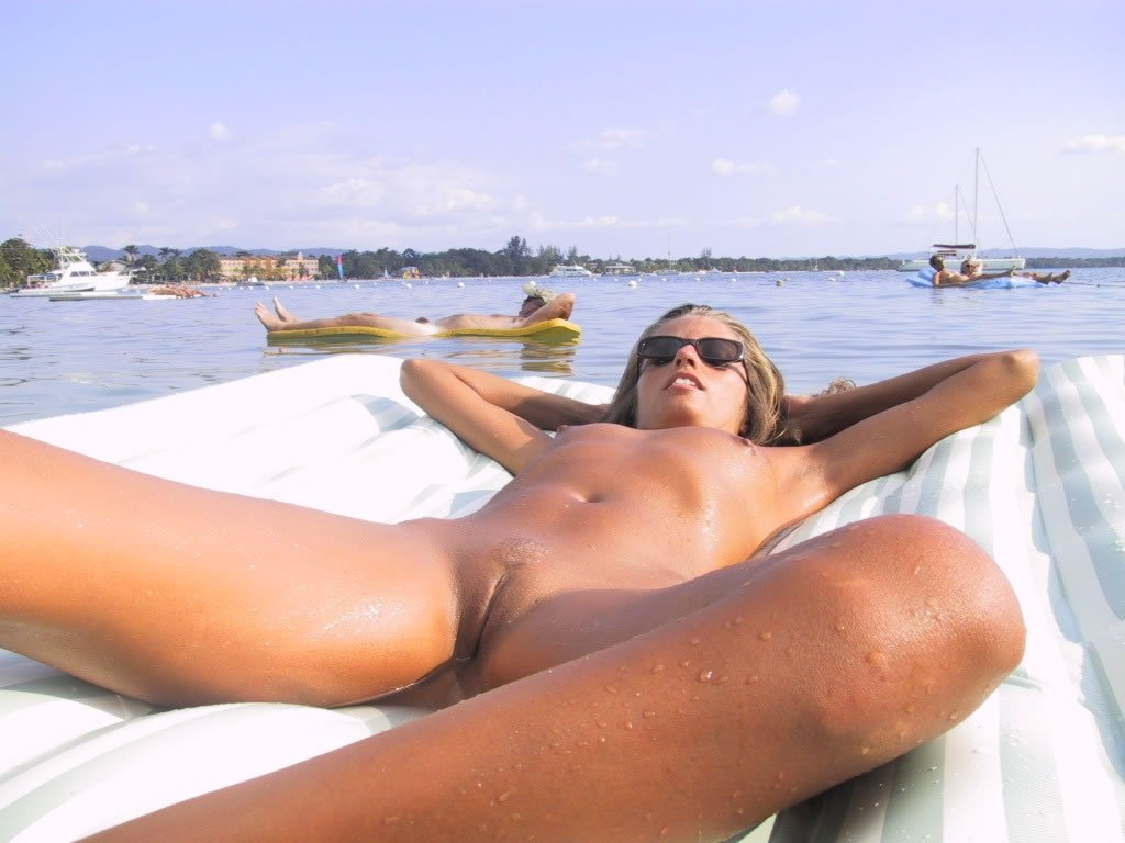 Gardak    reccomended sexy nude muscle babes