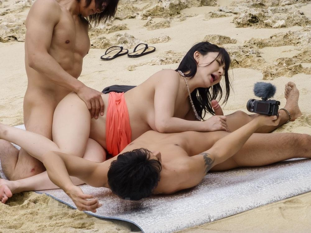 Chinese nudist model