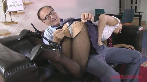 Wife first time gangbang