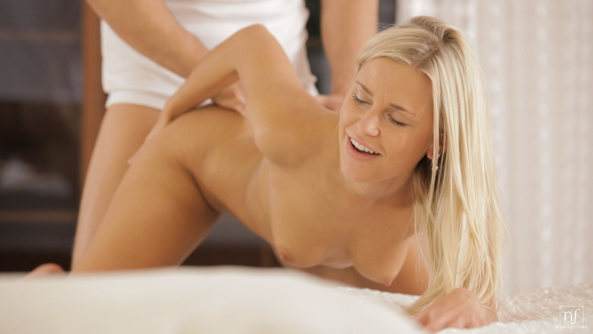 Anal itching and fissures Skinny blonde plunges her pussy with a toy