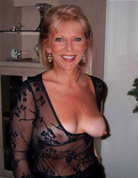 hot older wife pics