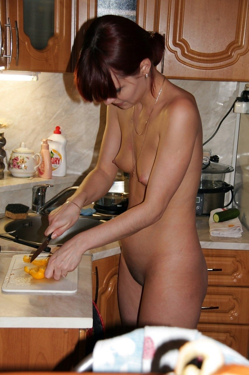 nudist-at-home-pictures-rasika