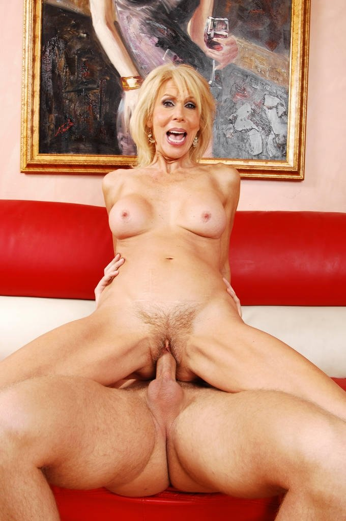 Granny mature hairy tube #10