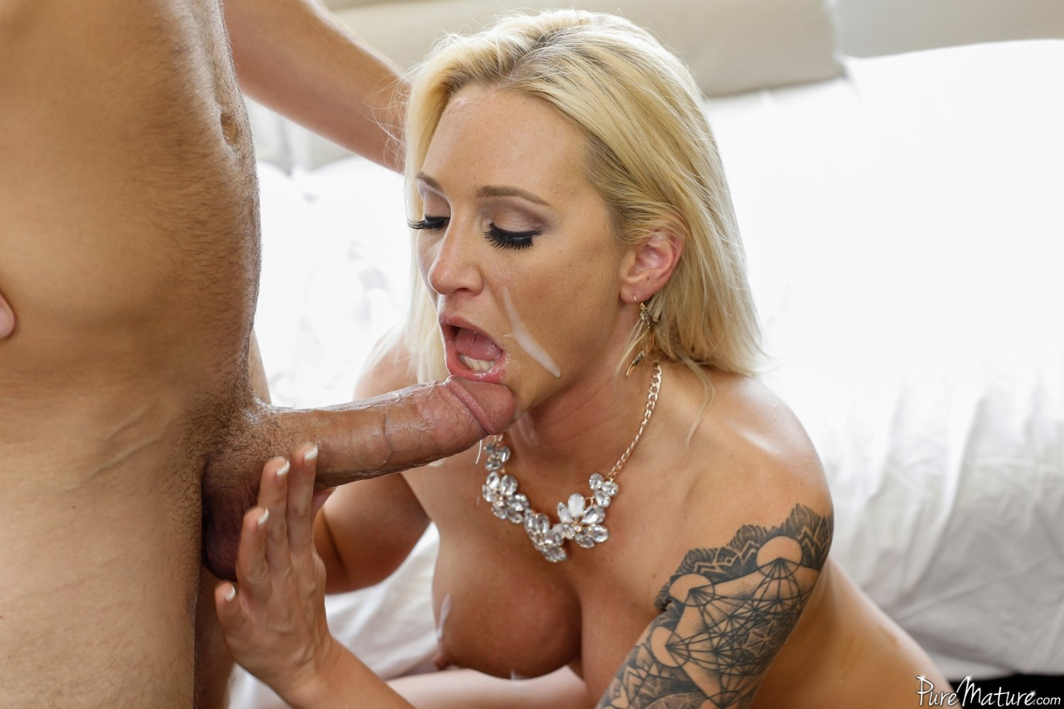 swinging wife anal