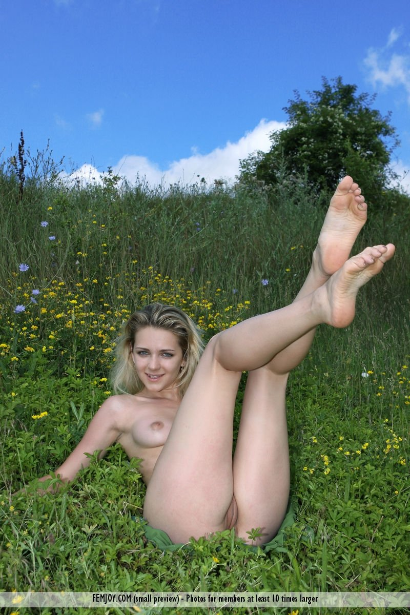Sexy hot girls naked videos #1