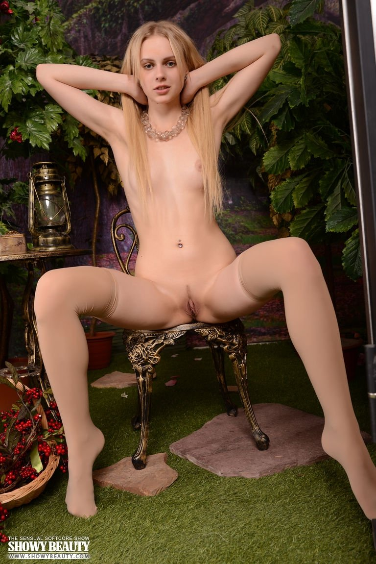 Amateur submitted wives pics Threesome cream
