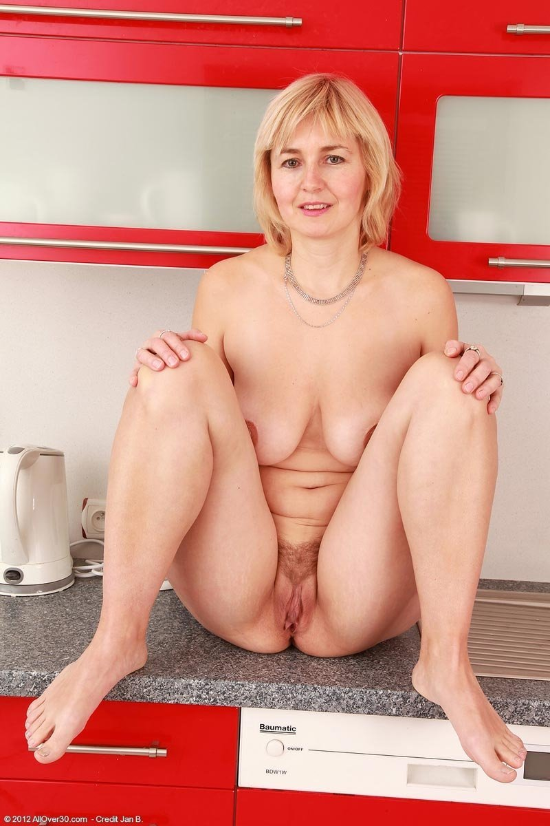 Show me you wife naked soccermom