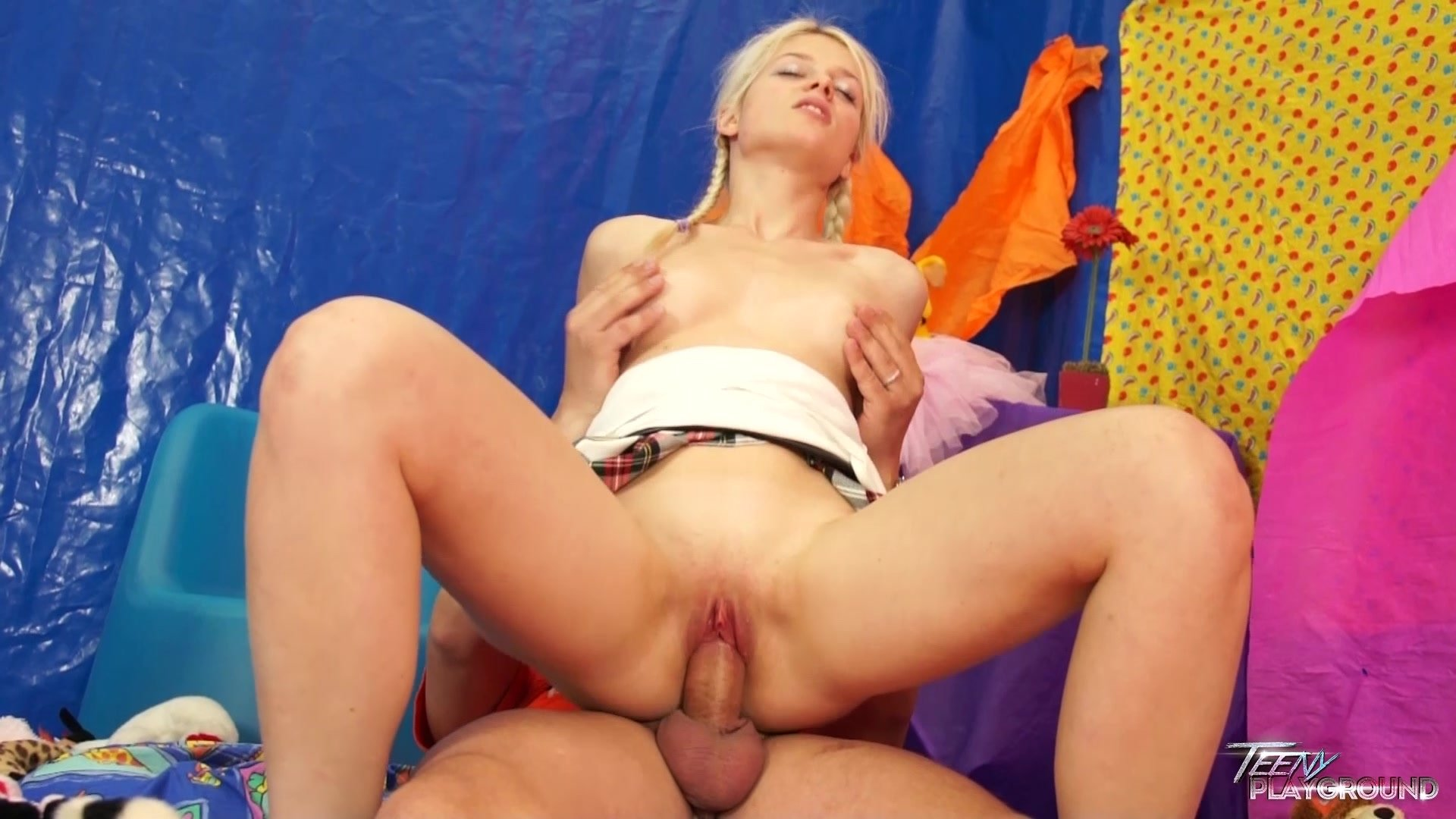 Wife does a creampie gangbang Asian wife raped forced gangbang cry