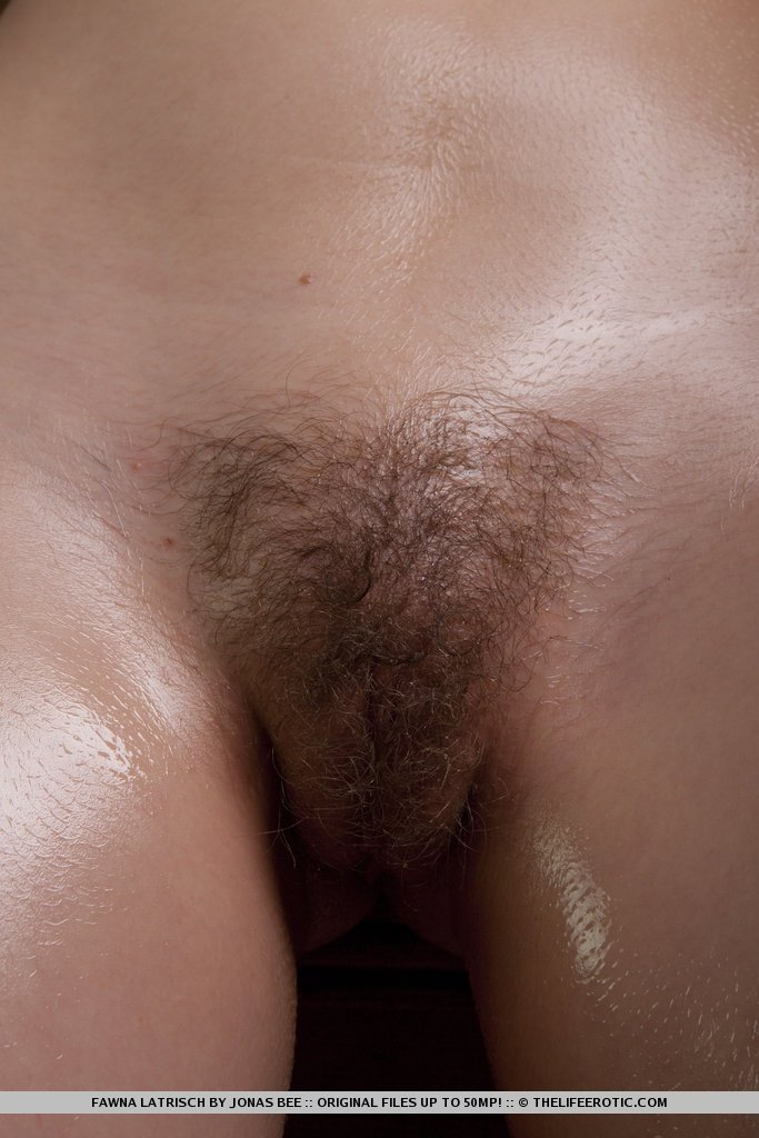 mature hairy threesome