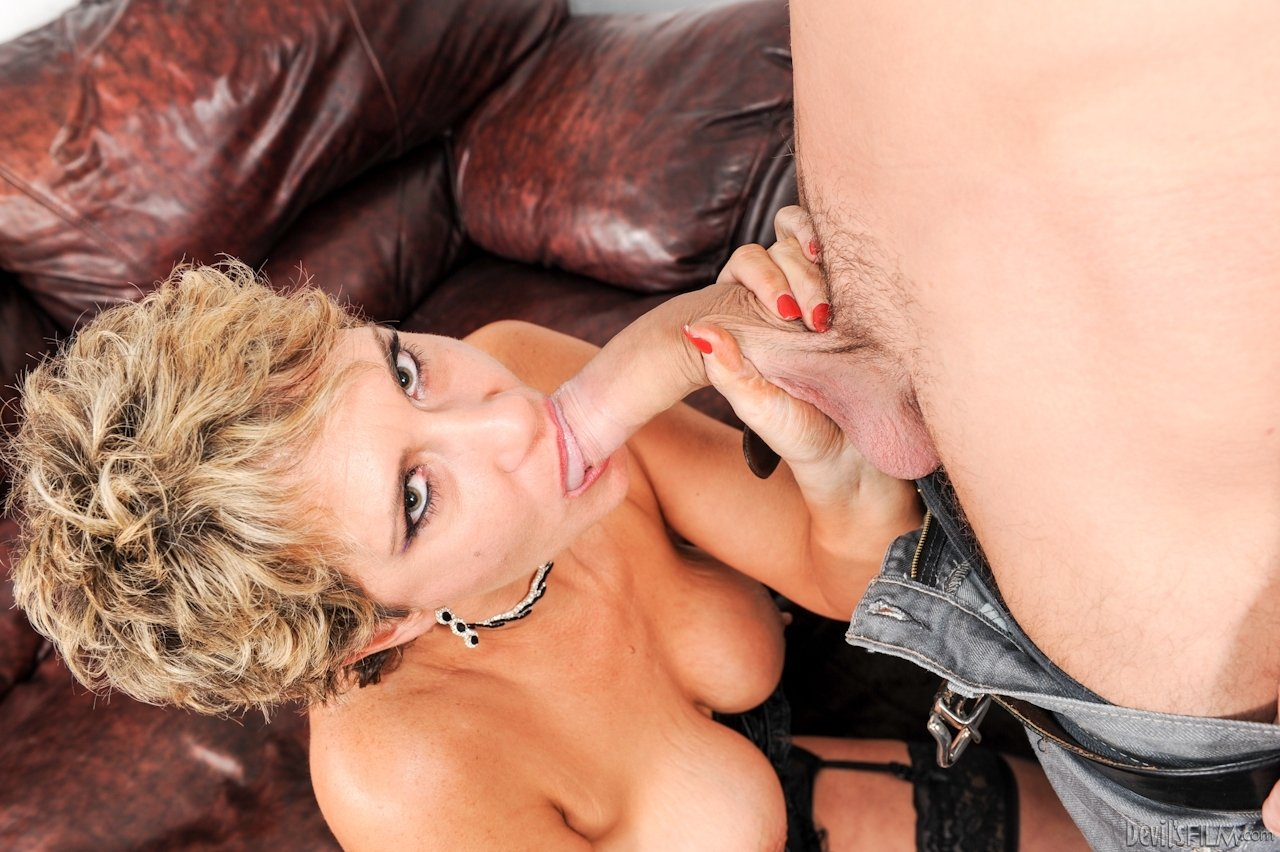 Milf cougar free online chats