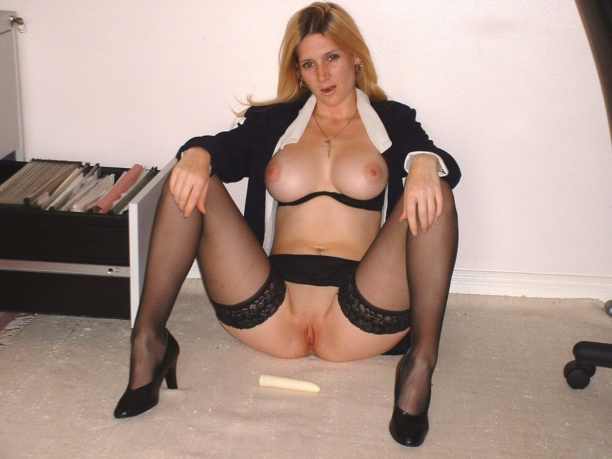 Amateur fucking in stockings video Amateurs who flash