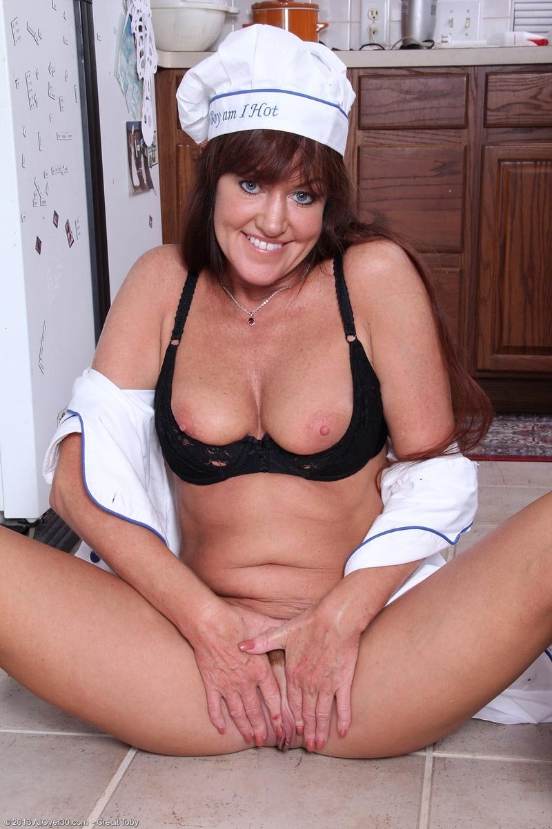 sexy mature wife tube there