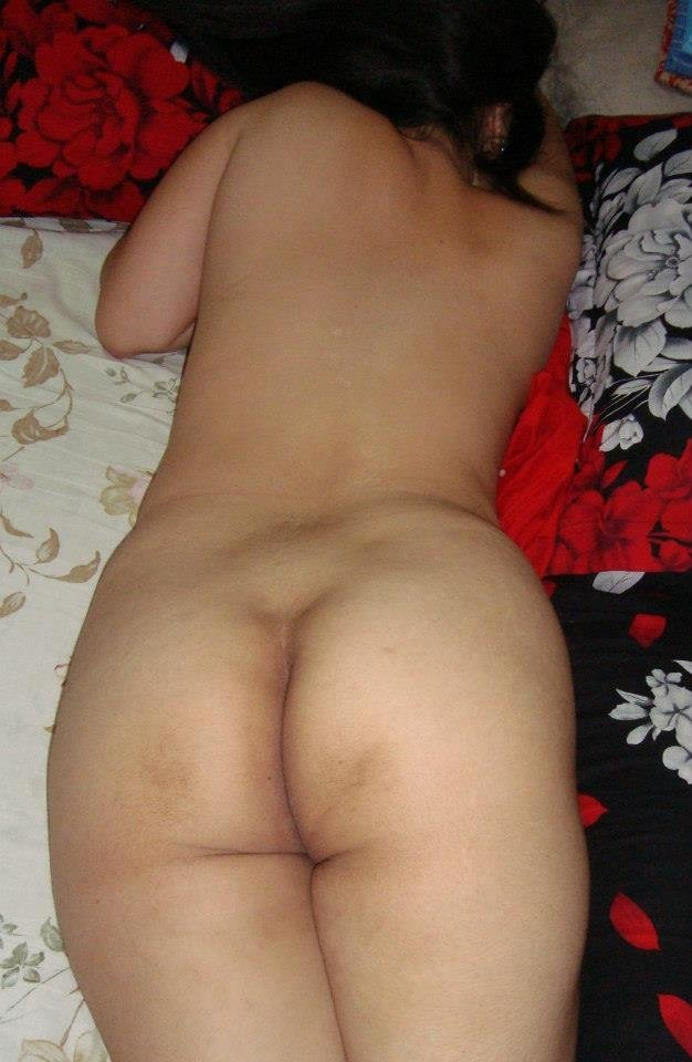 xxx sleeping nude