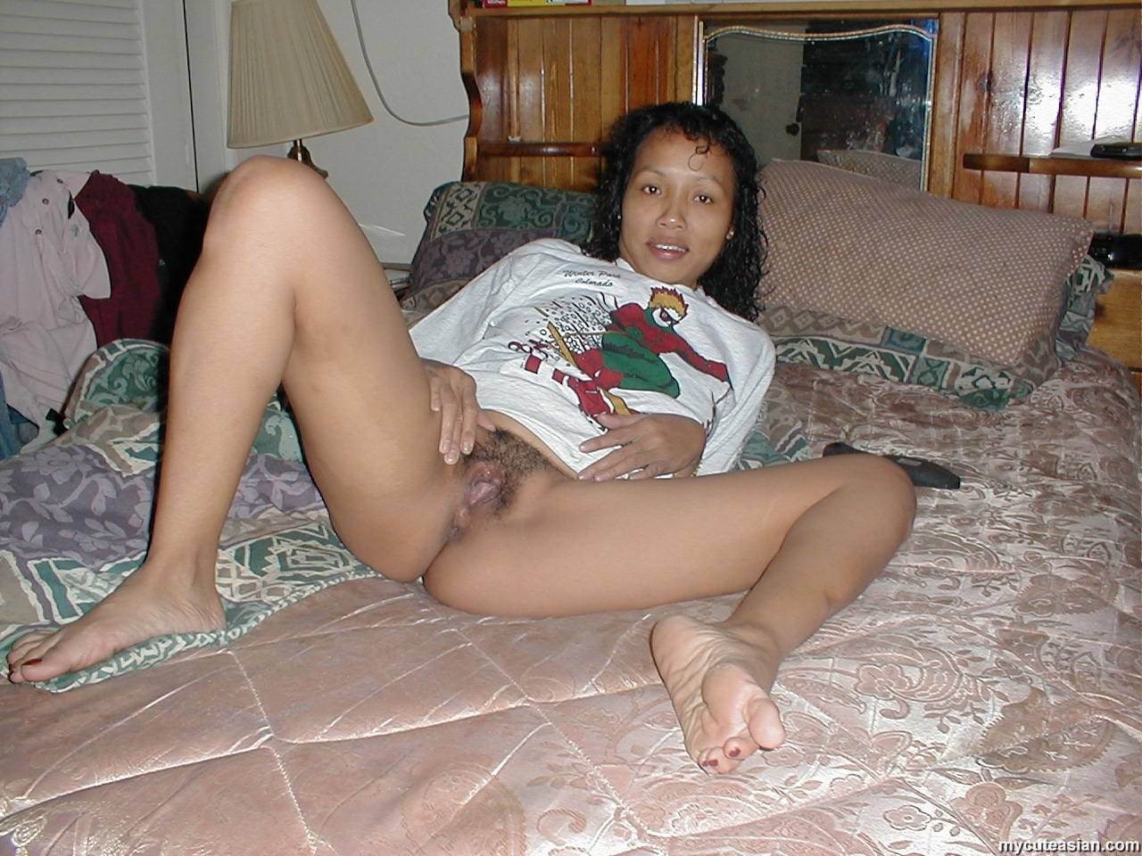 Latina milf pussy and ass