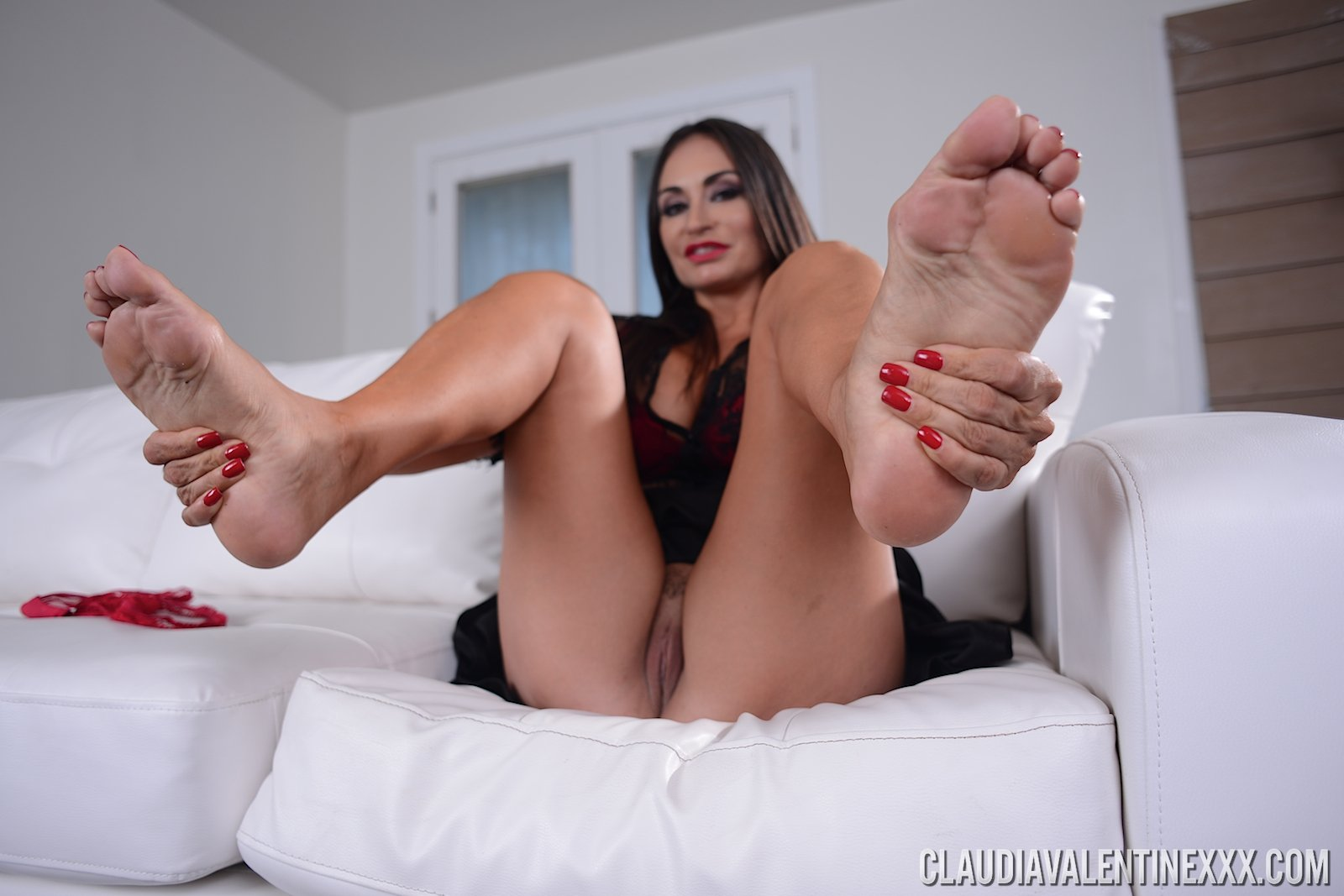 creampie-pornstars-with-ugly-feet-titty