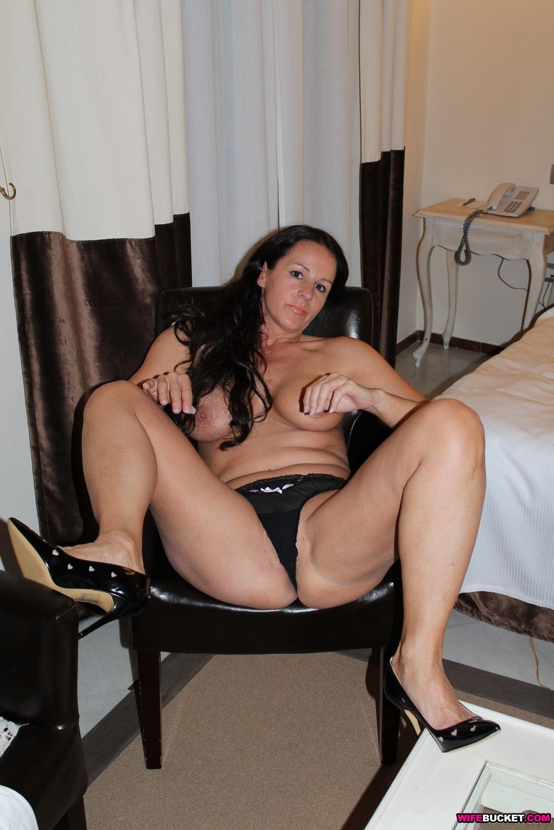 Free chat rooms for adults