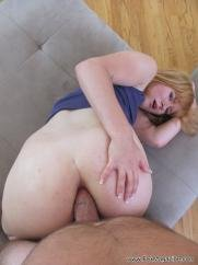 Wife has threesome amateur