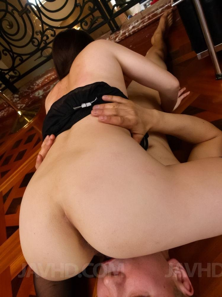 Watching my girlfriend suck another mans cock