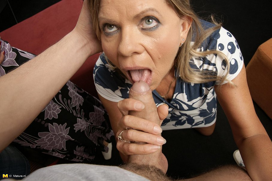 housewife with bbc there