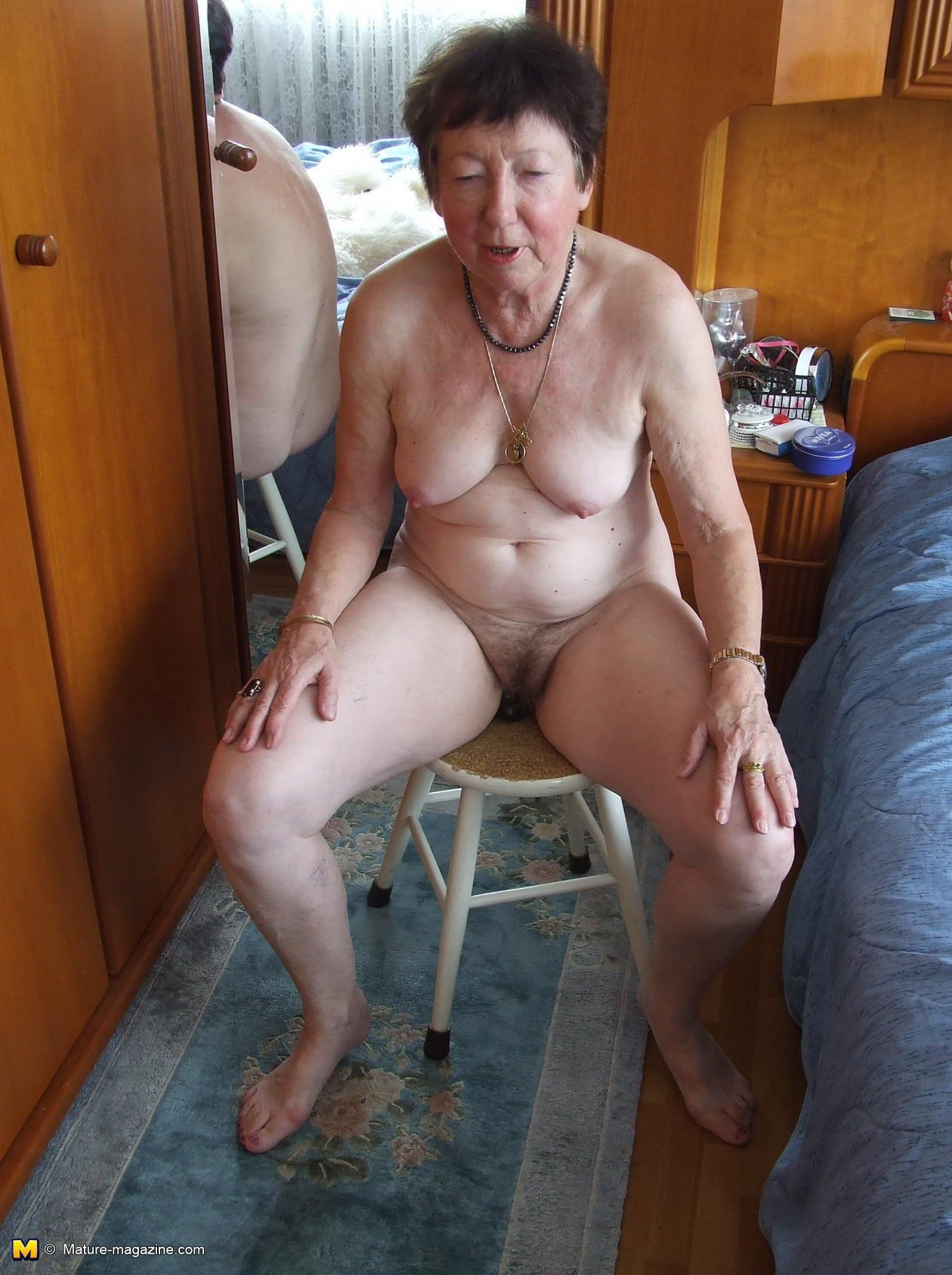 Pinay granny webcam Massage orgasm hidden camera video