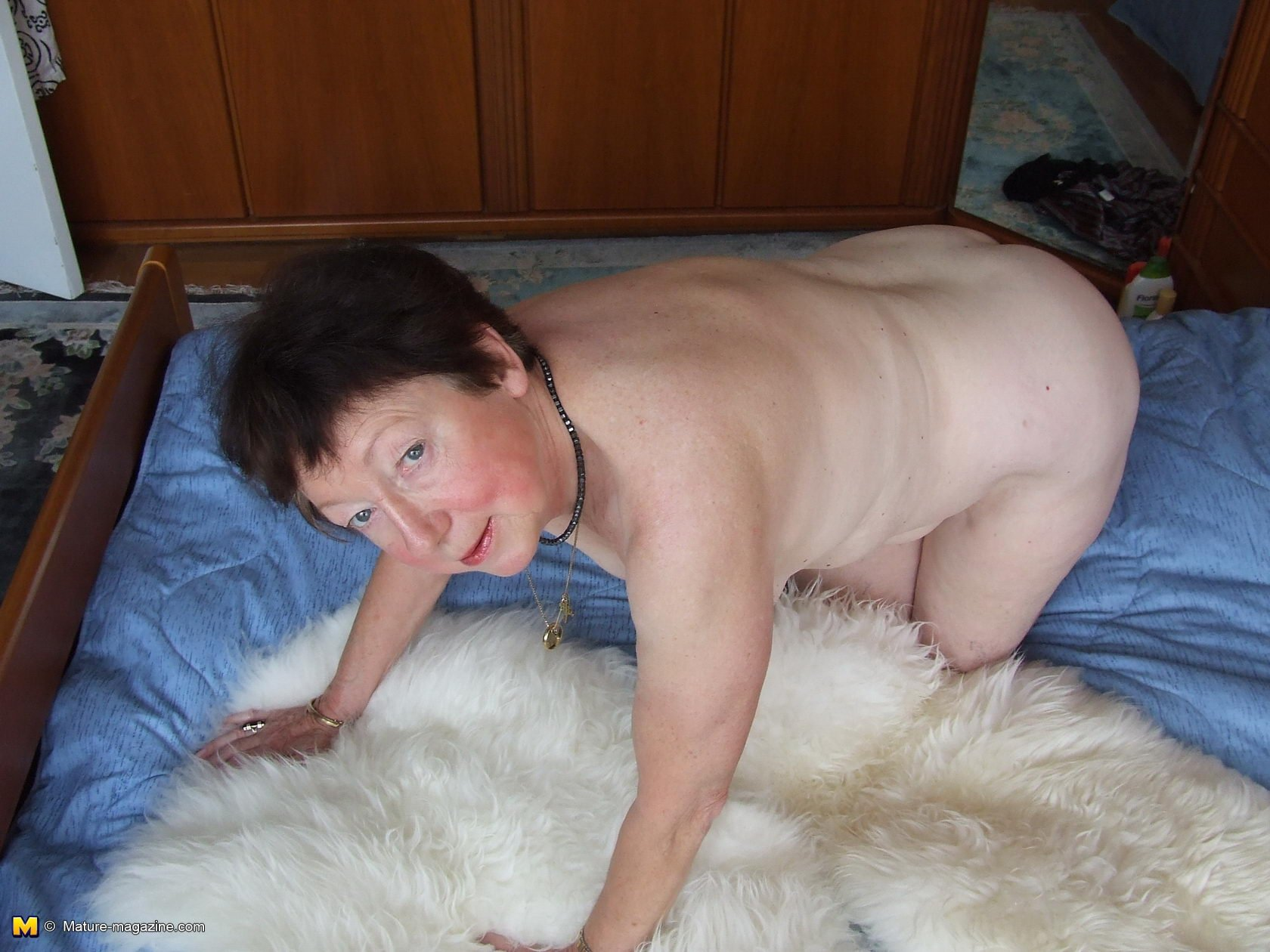 free nude pictures of grannies