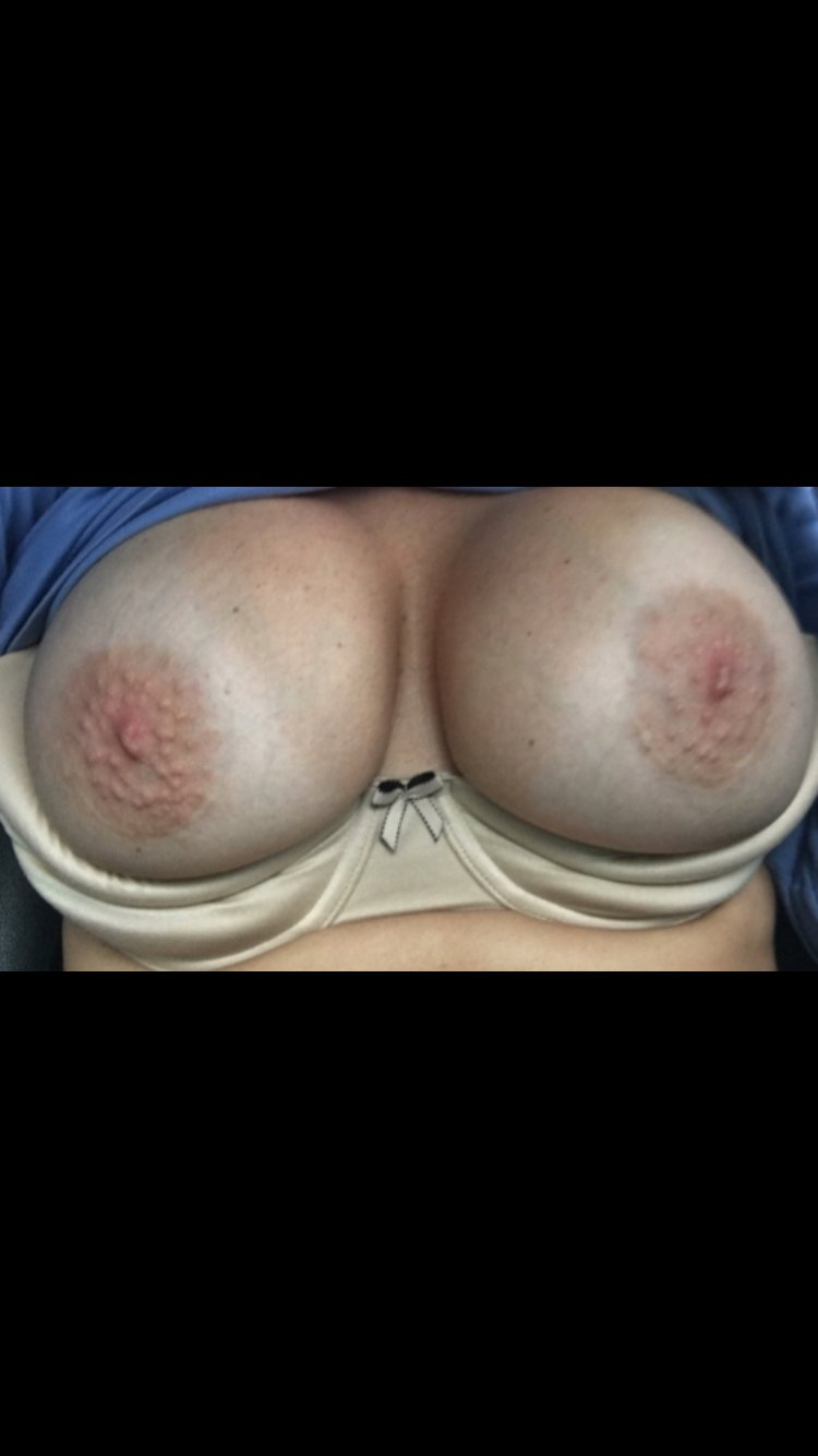 Alessyablurs bio and free webcam muscle woman strap on