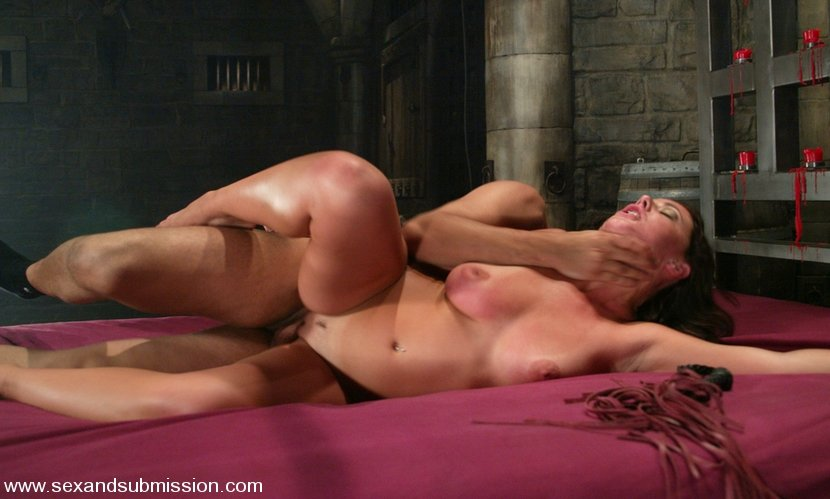 Free dirty housewives sex cams