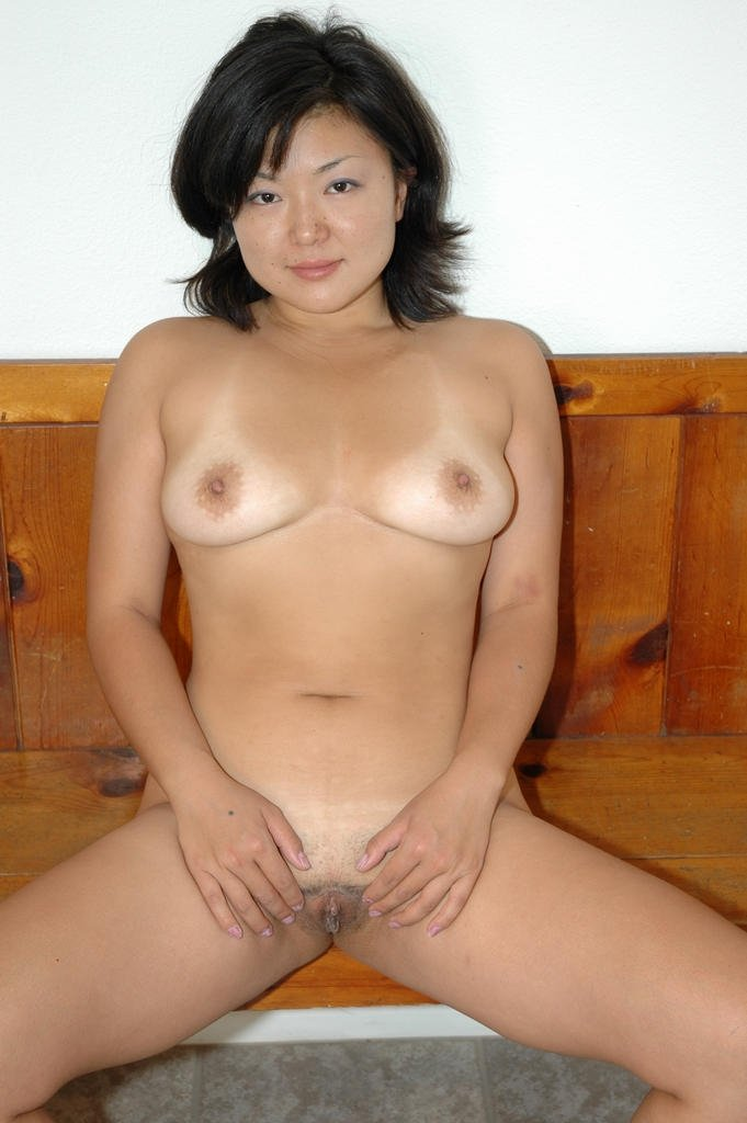 8 year old woman naked
