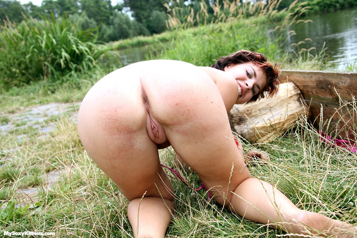 Xvideo busty mature Naughty girl on cam