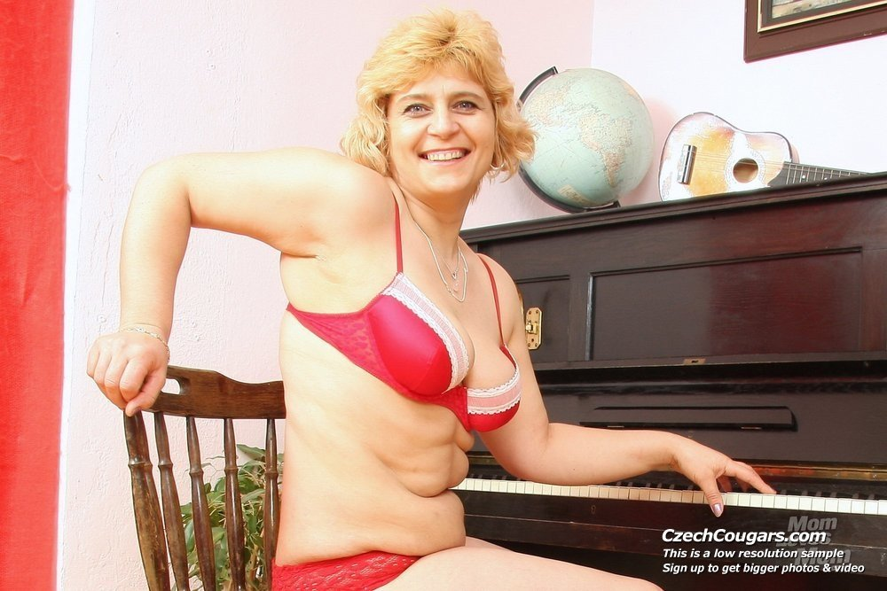 Dailrajas    reccomended naked busty mature ladies