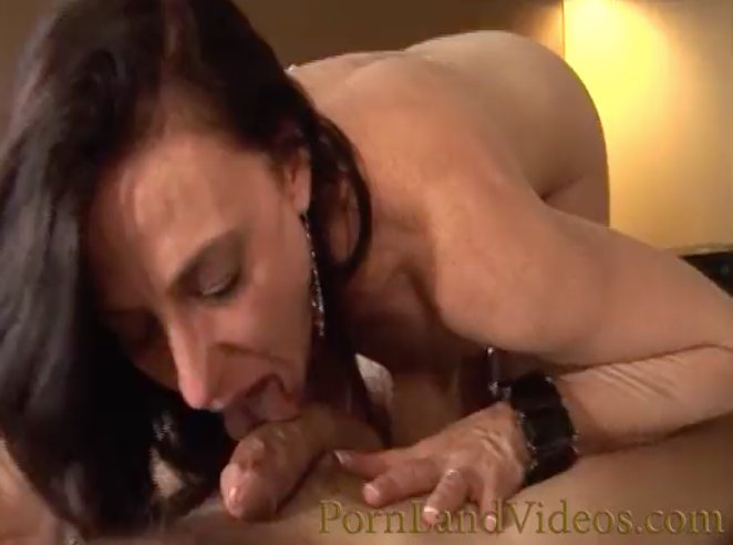 Slim redhead milf Ggy amore spies on ramon while his wife silvia saige sucking cock