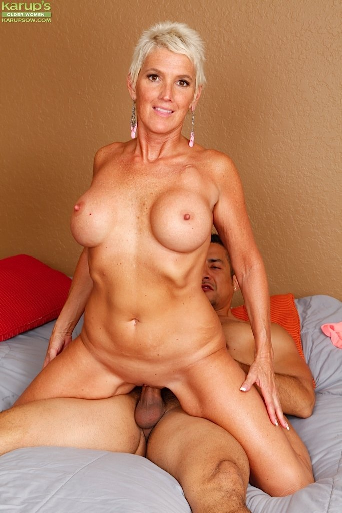 mature cam sex tube there