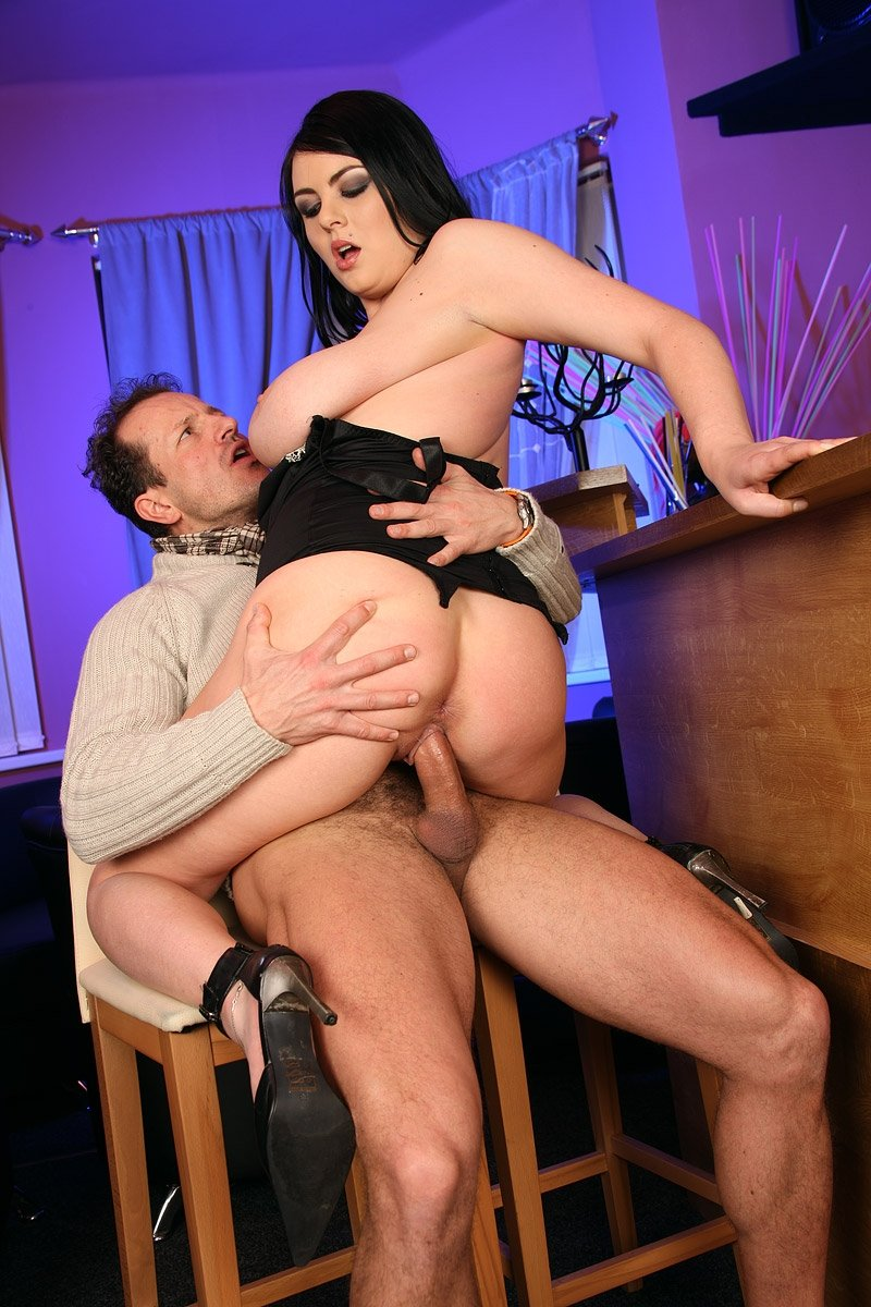 Daddys little girl - not quite the angel !! - Vintage xxx video