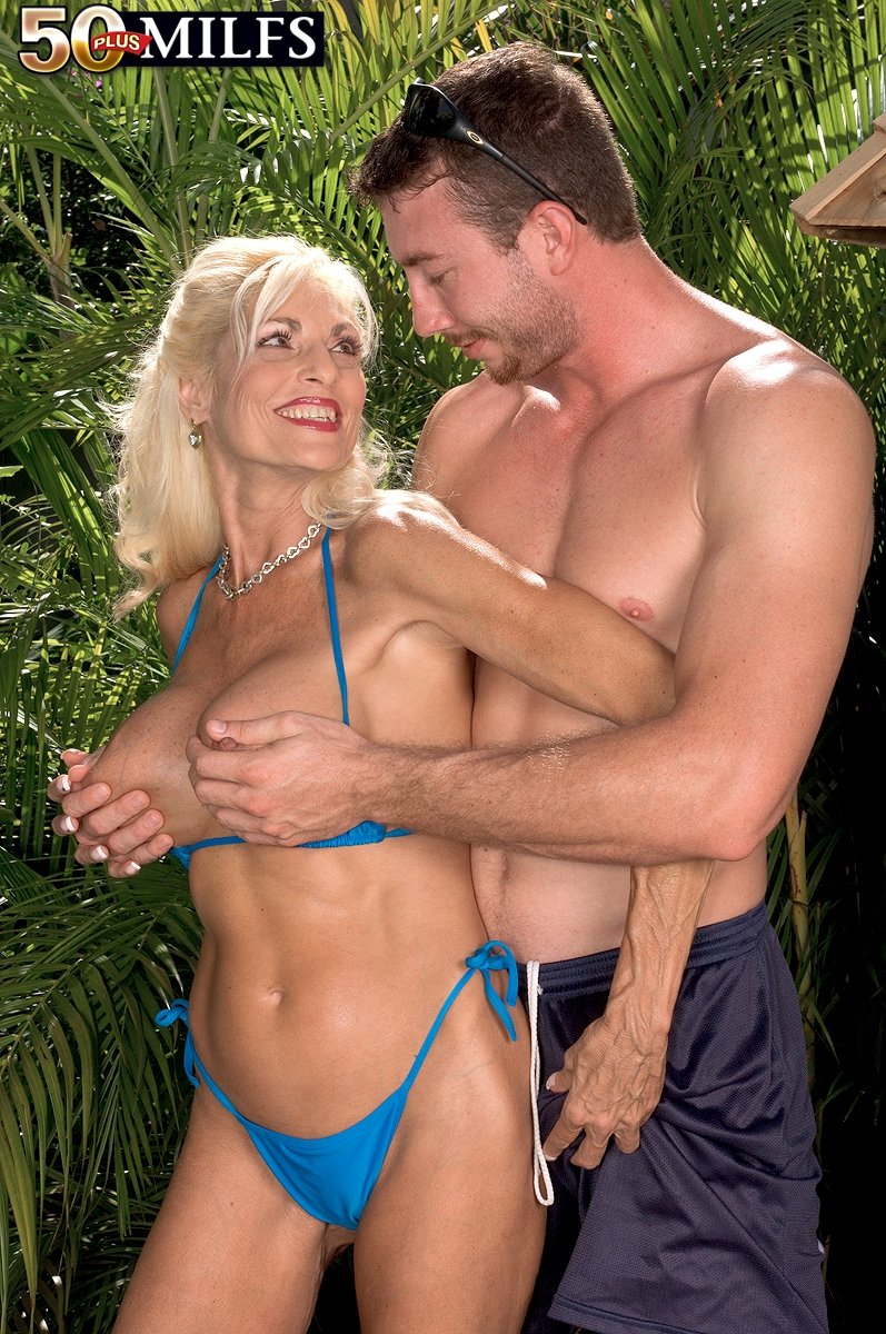 Anikka albrite as cheating wife