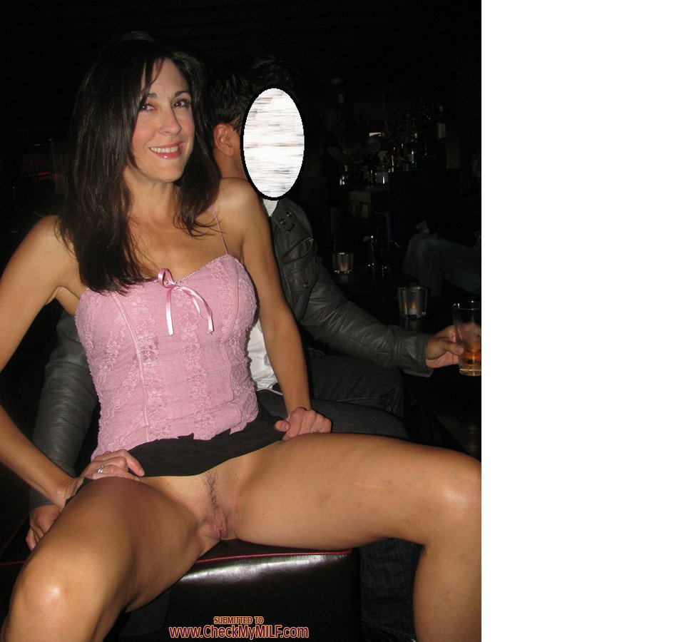 Wife fucked huge cock there
