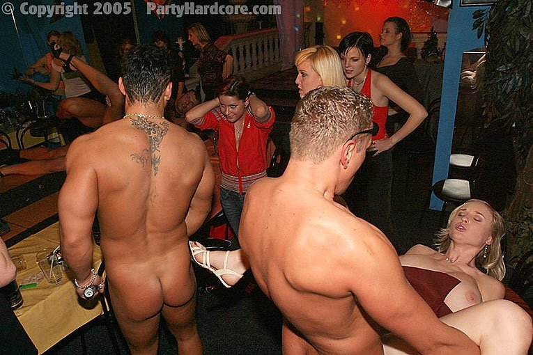 Naked striper male party sex, canada school girl naked