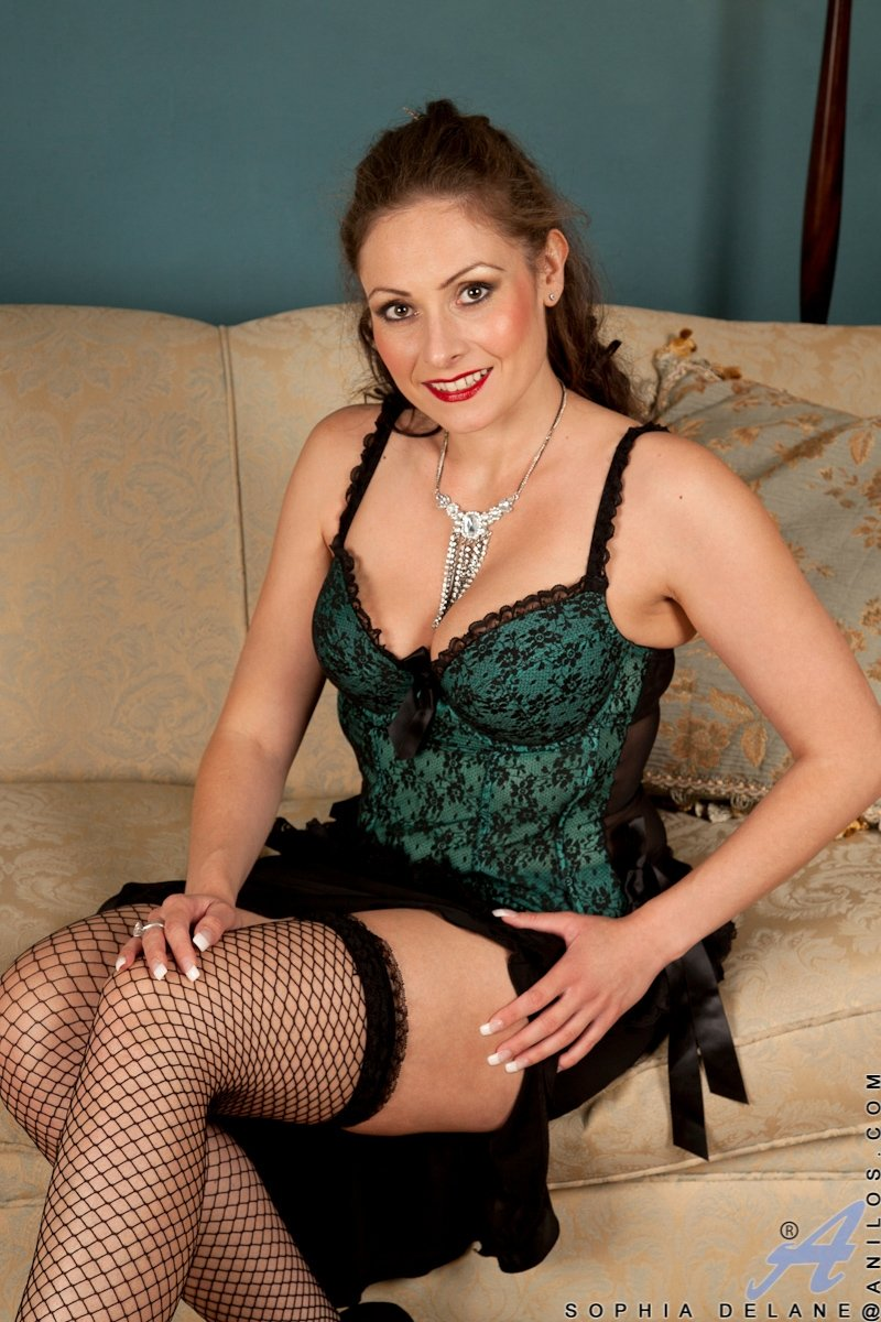 Be of service catch family and friends xxx blonde xxx