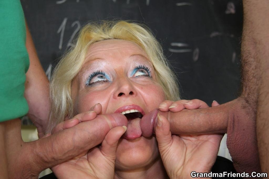 Australia wife tells hubby about x with bigger oral