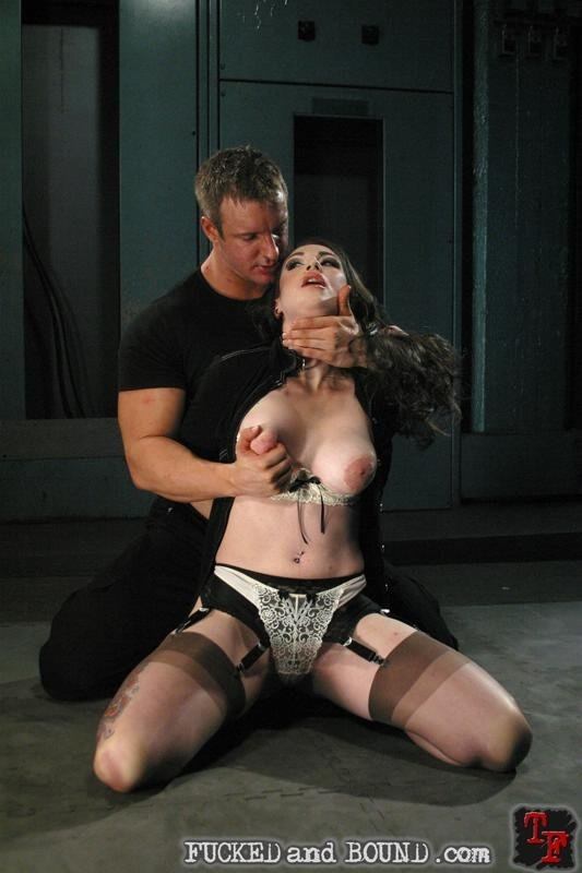 Assfucked while shoving in pussy Hot Pussy Girl Sex Video MMS
