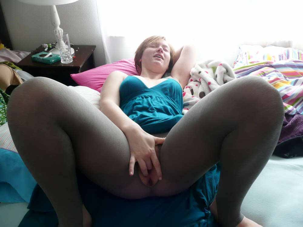 amateur porn dp licking foot mistress