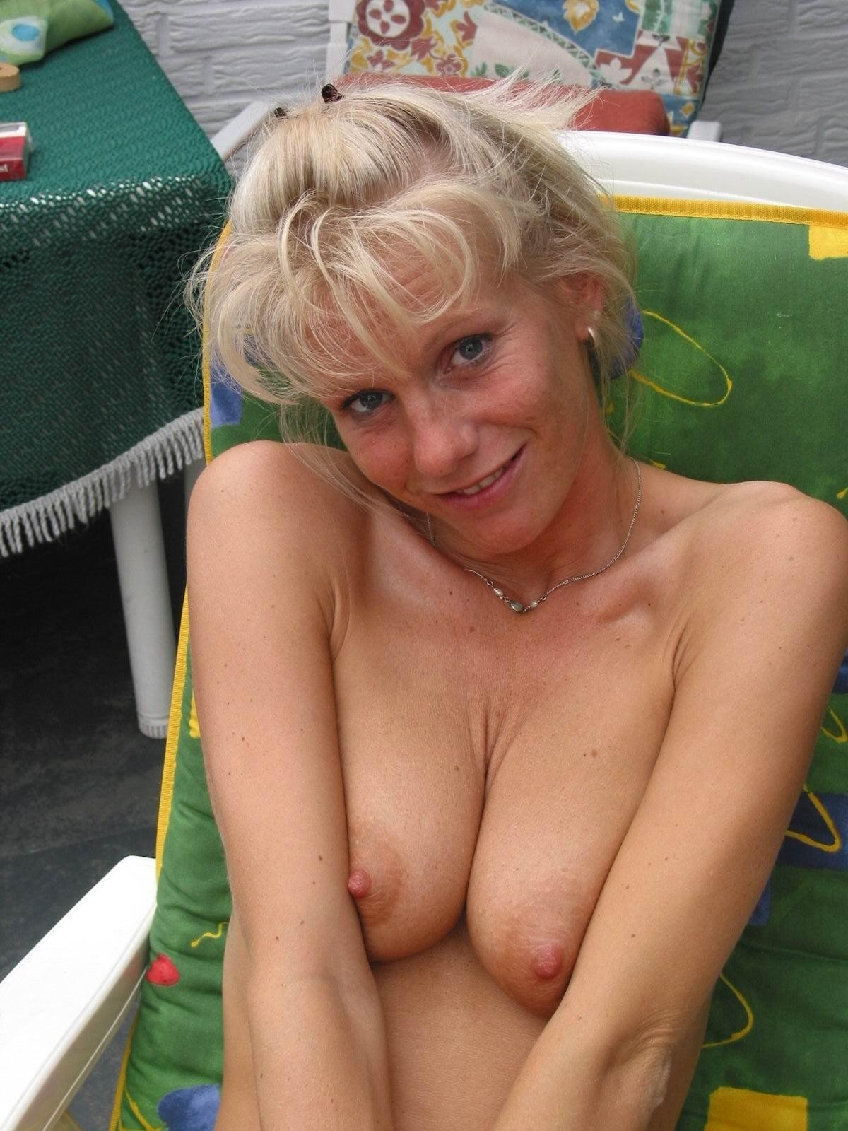 blonde homemade xxx