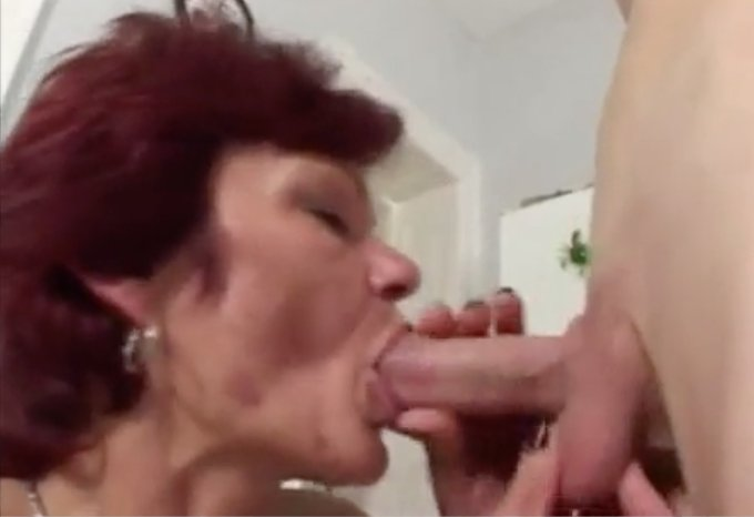 Amateurs eating pussy Open pussy comming